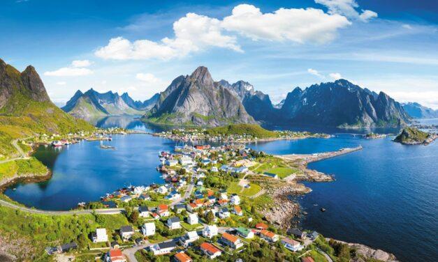 Todo el que viaja a Noruega visita la bellísima Reine