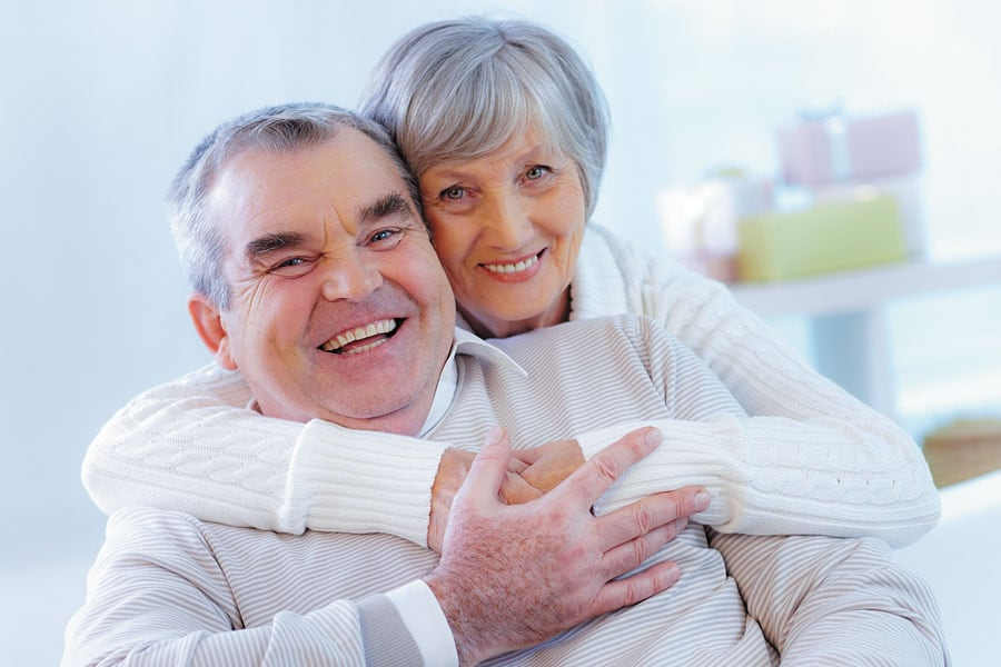 Recomendaciones para mantener la salud bucodental a partir de los 60 años