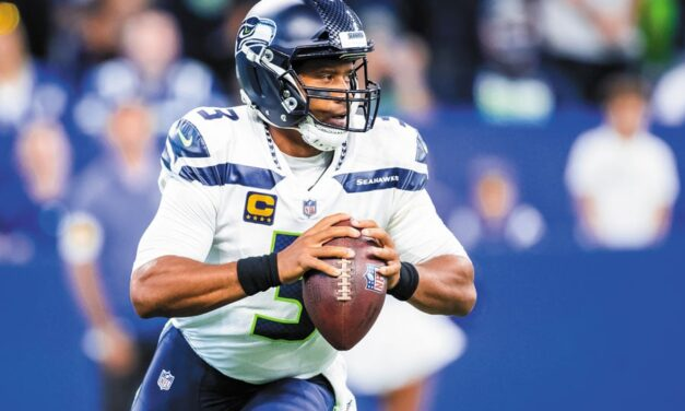 Russell Wilson se destaca y comanda la victoria de los Seahawks sobre los Colts